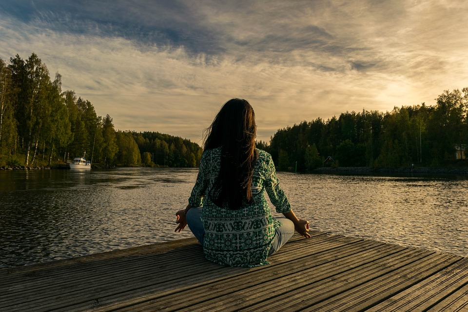 4 Reasons You Start Meditating to Combat Anxiety and Mental Health Problems